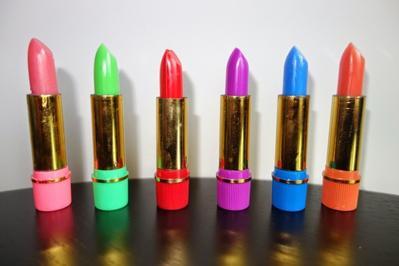 Ladies, Lipstick Arab Itu Aman Digunakan Gak Sih? Lulus BPOM?