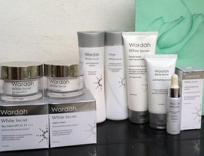Ladies, yuk ngobrol tentang produk Skin Care Wardah favorit kamu!