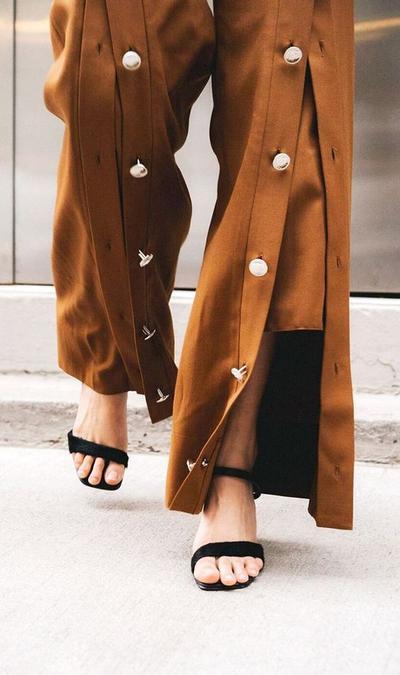 Beberapa Model Celana yang Harus Hadir di Lemari Baju Kamu