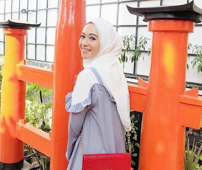 Hati-hati Salah Pilih, Warna-warna Hijab Ini Ternyata Malah Bikin Wajah Jadi Terkesan Kusam