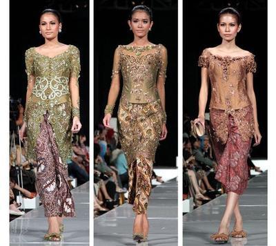 Pemilik Kulit Sawo Matang, Ini Lho 7 Warna Kebaya yang Cocok di Warna Kulit Kamu!