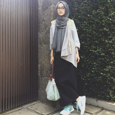 Outfit Kuliah Hijab Syari Hijabfest