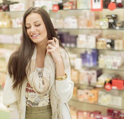 Cek Yuk, Ini Dia Tipe Kepribadian Wanita yang Dilihat Berdasarkan Parfum yang Dipilihnya