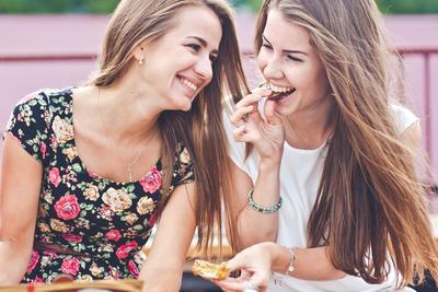 Tetap Makan Enak, Ini 6 Camilan Pengganti yang Bisa Kamu Makan Saat Sedang Diet