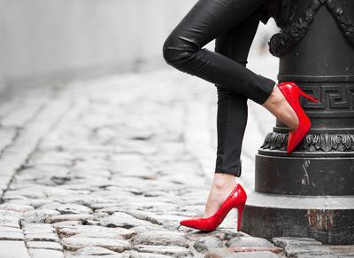 Enggak Ingin Sepatu Kamu Cepat Rusak? Inilah Tips Merawat Sepatu yang Wajib Kamu Coba!