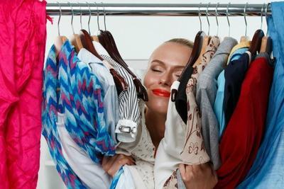 Jangan Langsung Pakai, Ini Bahaya yang Akan Terjadi Kalau Memakai Baju Baru Tanpa Dicuci