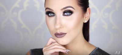 Cobain Yuk, Tutorial Make Up Membuat Hello Eyes ala Beauty Vlogger Berikut Ini!