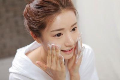 Kulit Kamu Bisa Cerah Seperti Wanita Korea dengan Cara Mudah Ini Lho!
