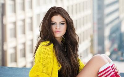 Ingin Tampil Cantik dengan Baju Warna Kuning Tanpa Terlihat Norak? Begini Tipsnya Ladies!