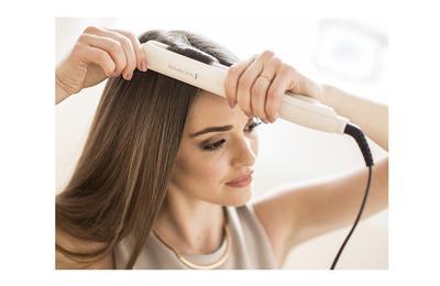 #FORUM Ladies, Kamu Sering Catok Rambut? Wah Ini Dia Vitamin Rambut yang Wajib Kamu Pakai Sebelum Catokan!