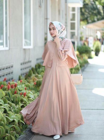 Lagi Hits Style Kondangan Hijab Dengan Gamis Ini Terlihat Simple