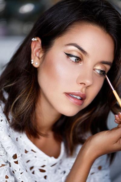 6 Kesalahan Pemakaian Eyeshadow yang Seringkali Tidak Kamu Sadari