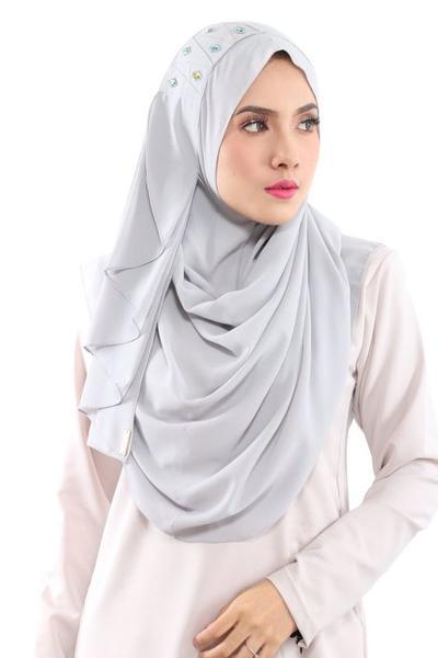 Beberapa Warna Hijab Instan yang Perlu Ada Dalam Koleksimu