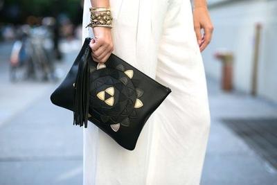 Lagi Hits, Ini Model Tassel Bag yang Harus Kamu Miliki Agar Selalu Tampil Kekinian!