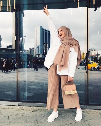 Beberapa Inspirasi dan Tips Perpaduan Warna dan Hijab untuk Para Hijabers