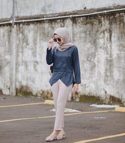 Simpel Tapi Elegan, Style Hijab Casual Ala Selebgram Hijab Ini Memang Beda Banget!