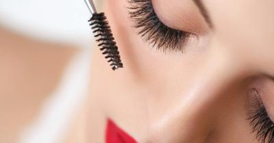 Ladies, Inilah Cara Mudah Merawat Eyelash Extension Agar Tetap Awet!
