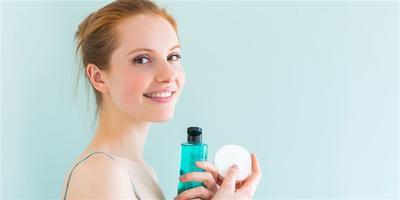 Ternyata Ini Lho Tips Mudah Membersihkan Makeup Waterproof Pada Kulit Sensitif!