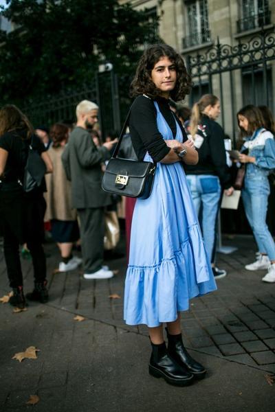 Bangun Kesan Pertama yang Positif dengan Memilih Style Seperti Ini Saat Bertemu Calon Mertua