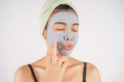 #NEWS Tak Perlu Mahal, Ini Dia Rekomedasi 5 Mud Mask dengan Harga di Bawah Rp 100.000