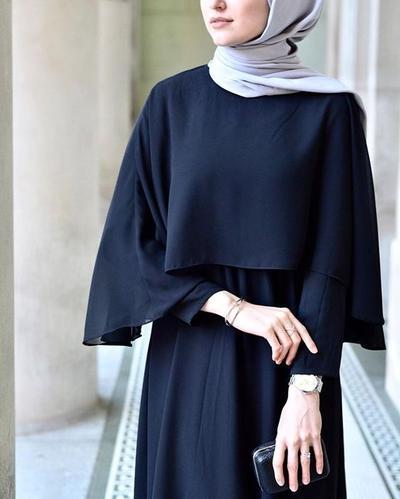Agar Lebih Sopan, Begini Mix and Match Hijab Modis Kekinian yang Menutup Dada