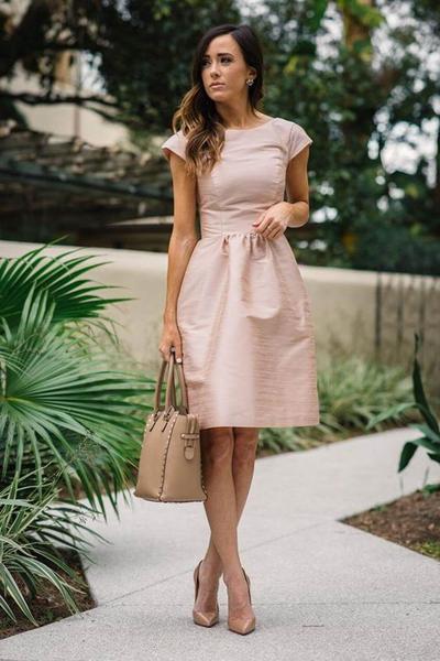 Tampil Stunning, Warna Pakaian Ini Wajib Jadi Pilihan Kamu yang Punya Kulit Sawo Matang