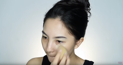 Natural Smokey Eye Look dengan One Brand Make Up Tutorial Ala Davienna
