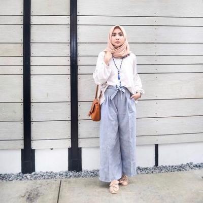Pilihan Model Celana Kulot Kekinian yang Bisa Kamu Gunakan untuk Hijabers Sehari-hari!
