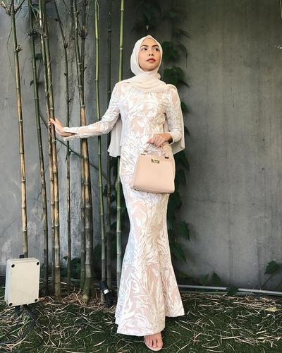 Ladies Ini Dia Beberapa Inspirasi Dress Prom Untuk Para Hijabers