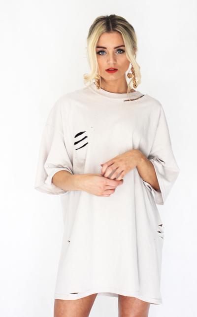 Inilah Trik Mengatasi Baju Robek yang Perlu Kamu Coba, Ladies!