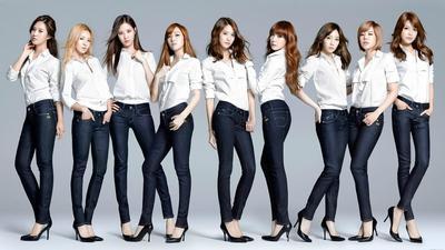 #FORUM Lebih Suka Pakai Rok atau Celana?
