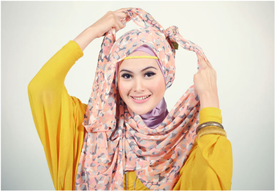Sudah Enggak Zaman Lagi! Model Hijab Seperti Ini Sebaiknya Sudah Mulai Kamu Tinggalkan