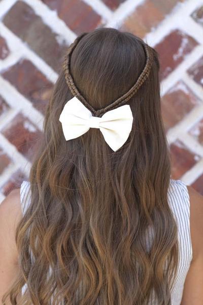 Feel Good with An Easy Hairstyle! Ini Di Beberapa Tips Gaya Rambut untuk Kondangan
