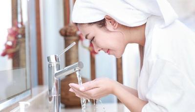 Terlalu Sering Mencuci Muka