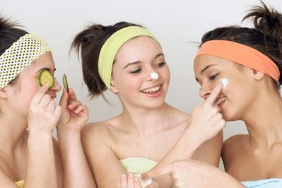 #NEWS Punya Wajah yang Sensitif? Ini Dia Rekomendasi Skincare Lokal yang Cocok Buat Kamu!