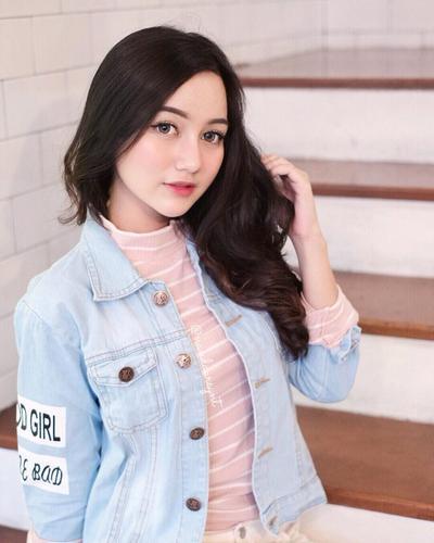 Peach Korean Make Up Look