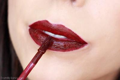 Inilah Kesalahan Memakai Liquid Lipstick yang Sering Dilakukan, Jangan Ditiru ya!