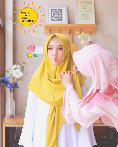 Mudah dan Praktis, Ini Dia Model Hijab Modern yang Cocok Untuk Pemula!