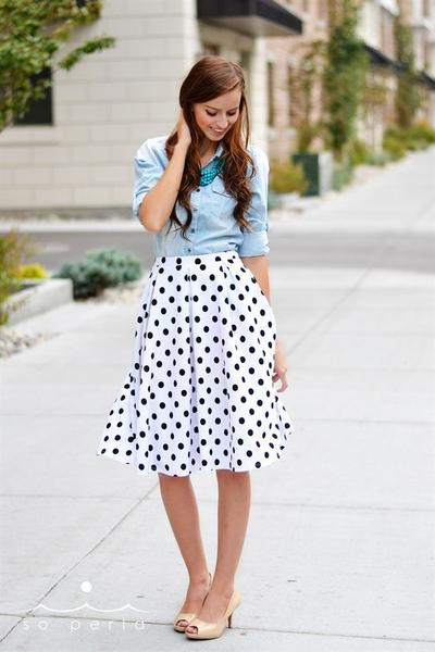 a line skirt outfit