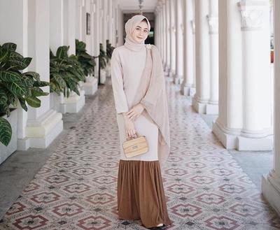 Beberapa Warna Hijab Ini Cocok Banget Digunakan ke Kondangan Tanpa Kesan Berlebihan
