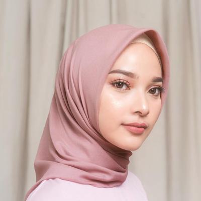Yuk, Tampil Cantik dengan Bahan Hijab yang Lagi Populer di Bulan Ramadan Ini!