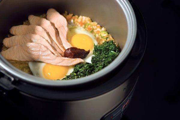 Praktis Buat Anak Kos! Ini Dia 5 Menu Sarapan yang Bisa Dimasak dengan Rice Cooker