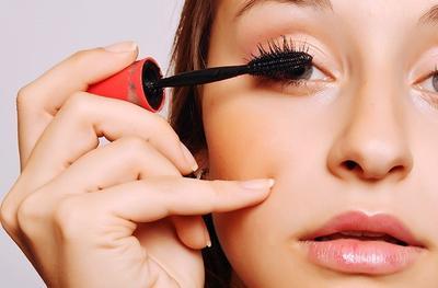 Ingin Mendapatkan 'No Make Up Make Up Look' yang Flawless Selama Puasa? Ini Trik Mudahnya!