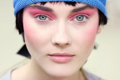 Rekomendasi Eyeshadow High End Khusus untuk Kamu dengan Budget Terbatas!