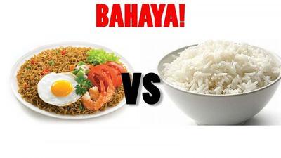 Tak Disadari, 6 Bahaya Ini Mengintai Jika Kamu Mengonsumsi Nasi + Mie Instan!