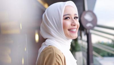 #FORUM Lebih Suka Jilbab Polos atau Motif?