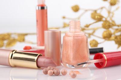 Alasan Mengapa Paraben dalam Produk Kecantikan Berbahaya Bagi Tubuh