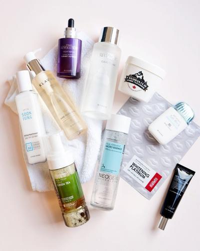 Jangan Dibuang Dulu, Manfaatkan Skin Care yang Nggak Cocok di Kulit Untuk Hal Ini!