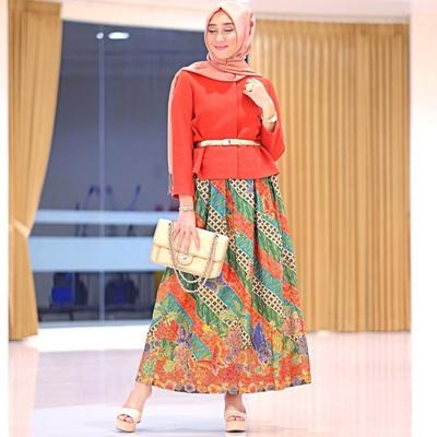 Semi Formal Rok Batik dengan Blouse