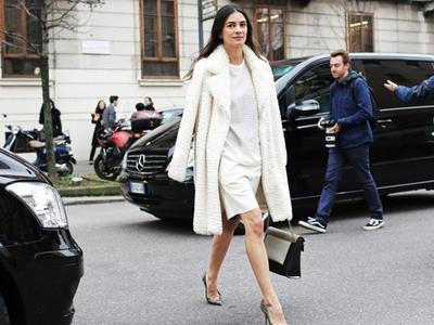 Ladies, Ini Dia 4 Fashion Item yang Wajib Banget Dimiliki Wanita Karir